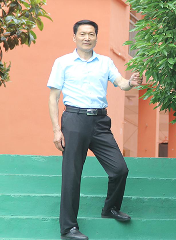 shu学教师 林ming华